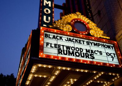 An exact replica of the original Paramount marquee promotes upcoming live shows -- and lights up State Street.